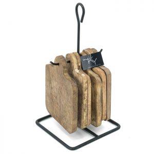 Rek met houten onderzetters